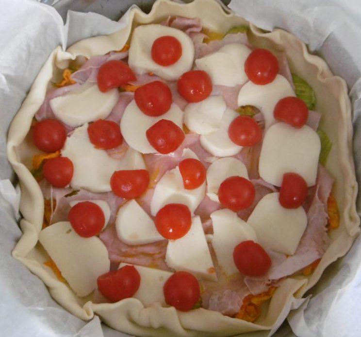 Torta salata fantasiosa - Aggiunta pomodori
