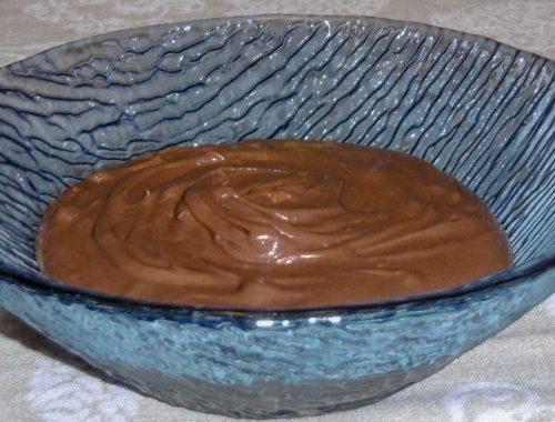 Ganache al cioccolato e nocciole - Piatto pronto