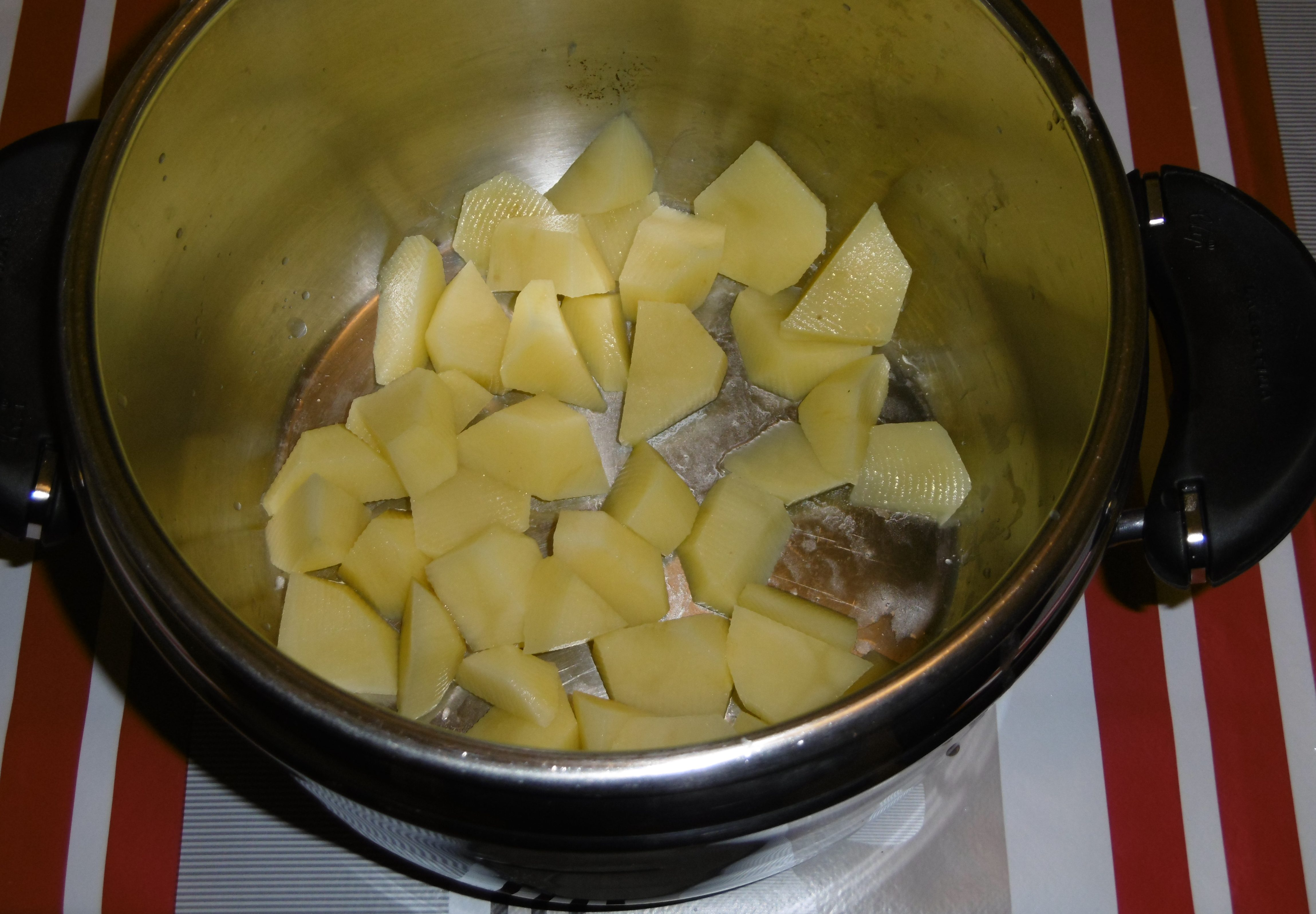 Polpette di verdure con corn flakes - Patate in padella