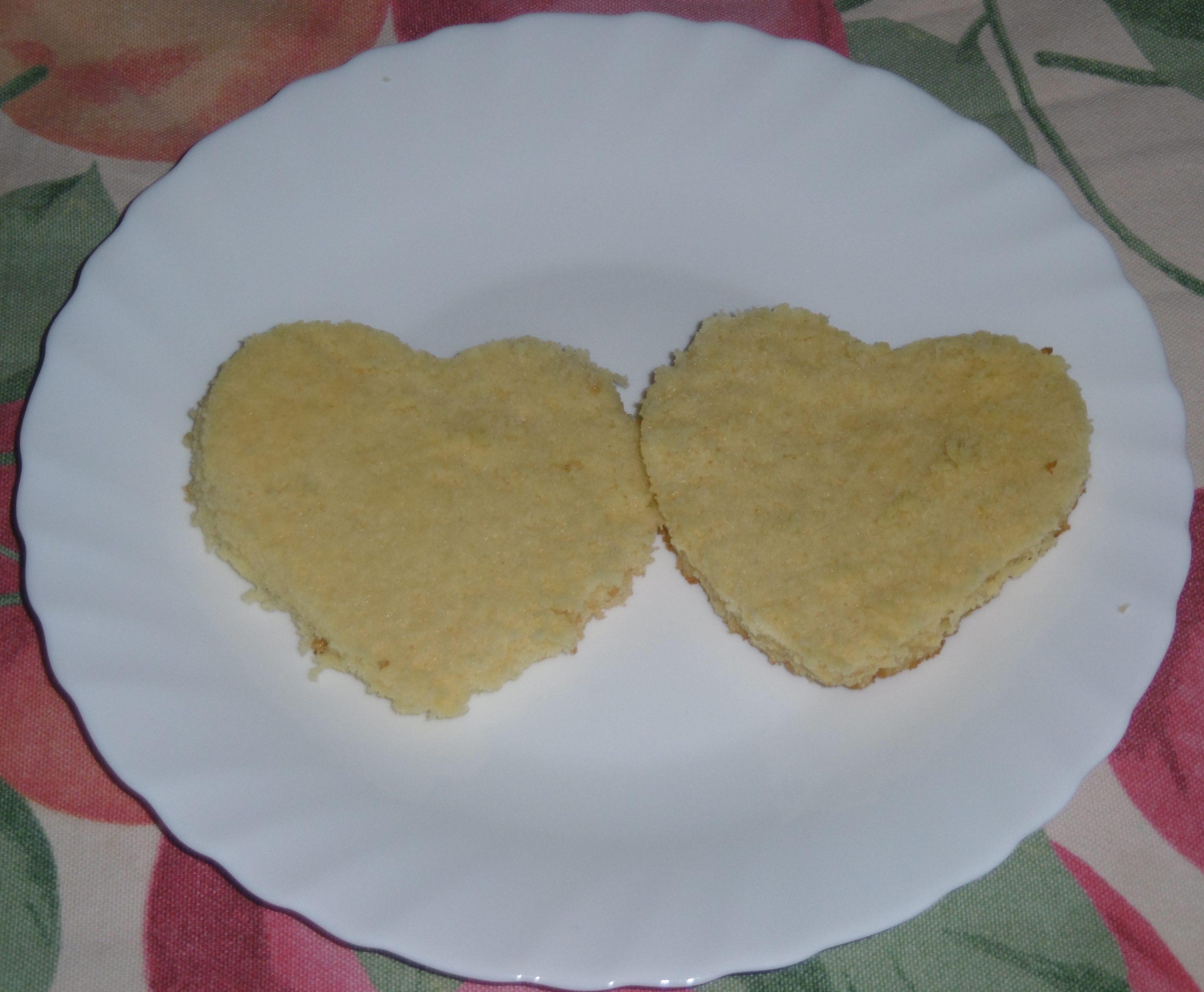 Torta a forma di cuore - Forme pan di spagna