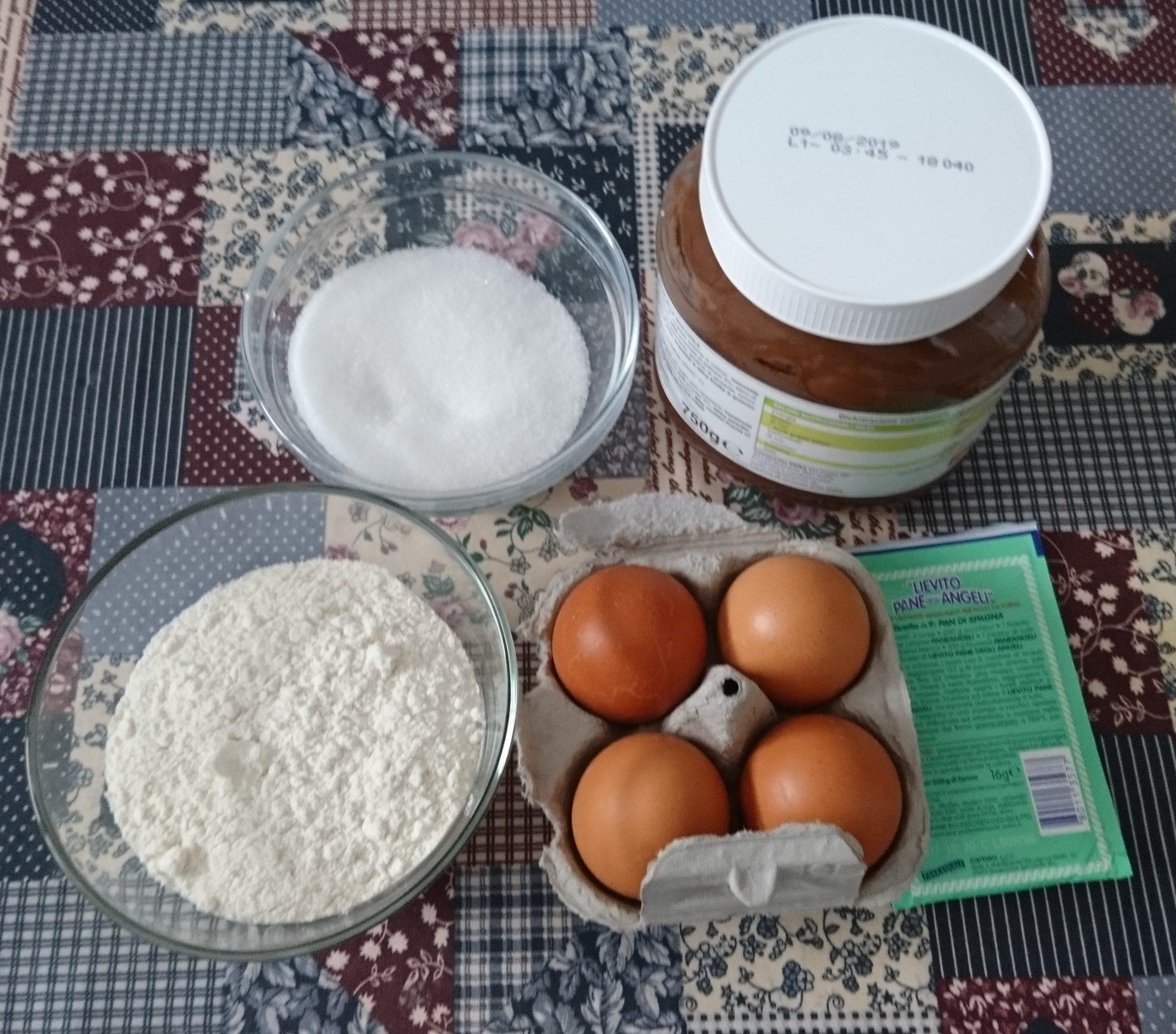 Rotolo con crema alle nocciole - Ingredienti