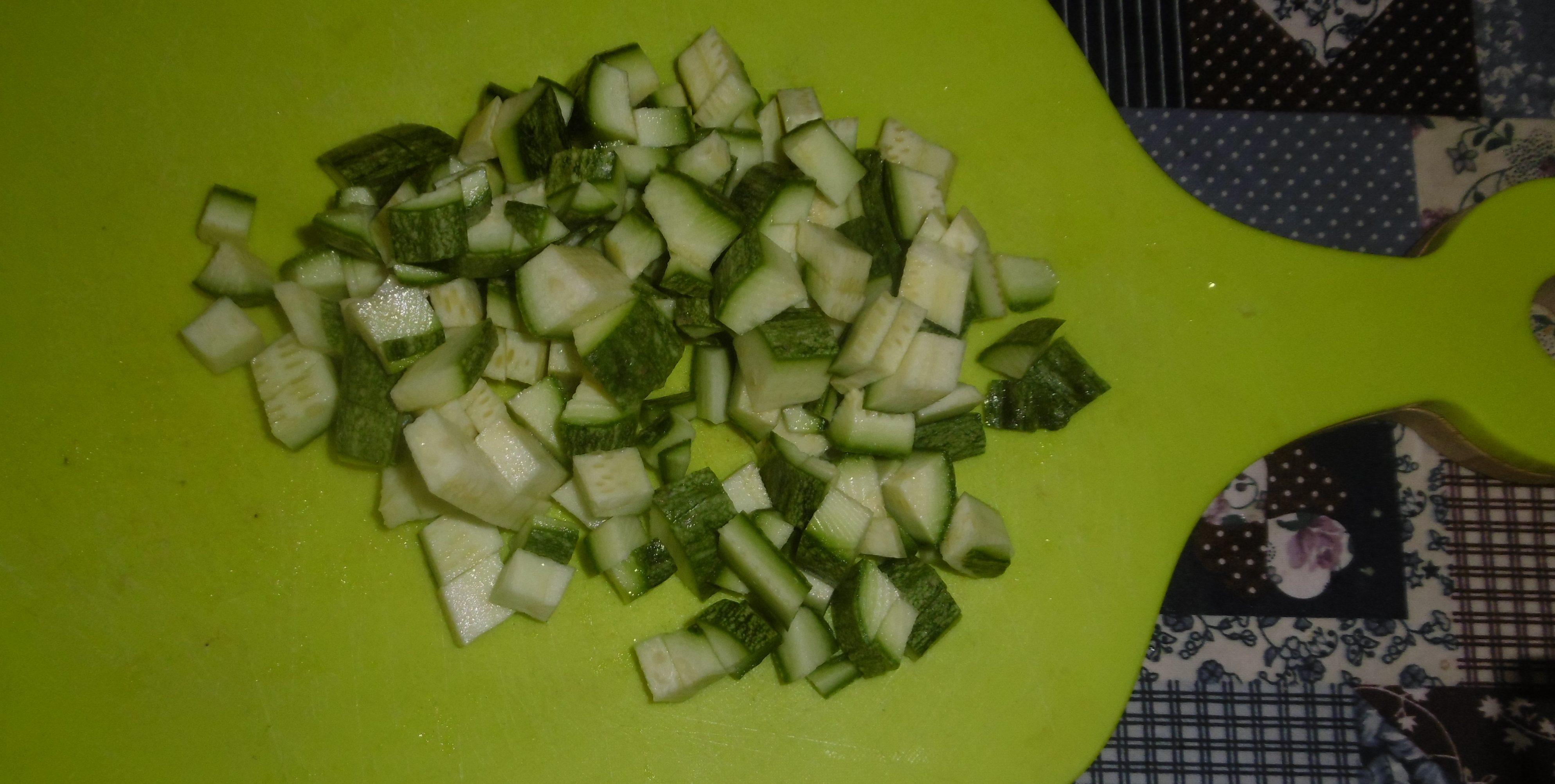 Pasta con tonno e zucchine - Zucchine tagliate