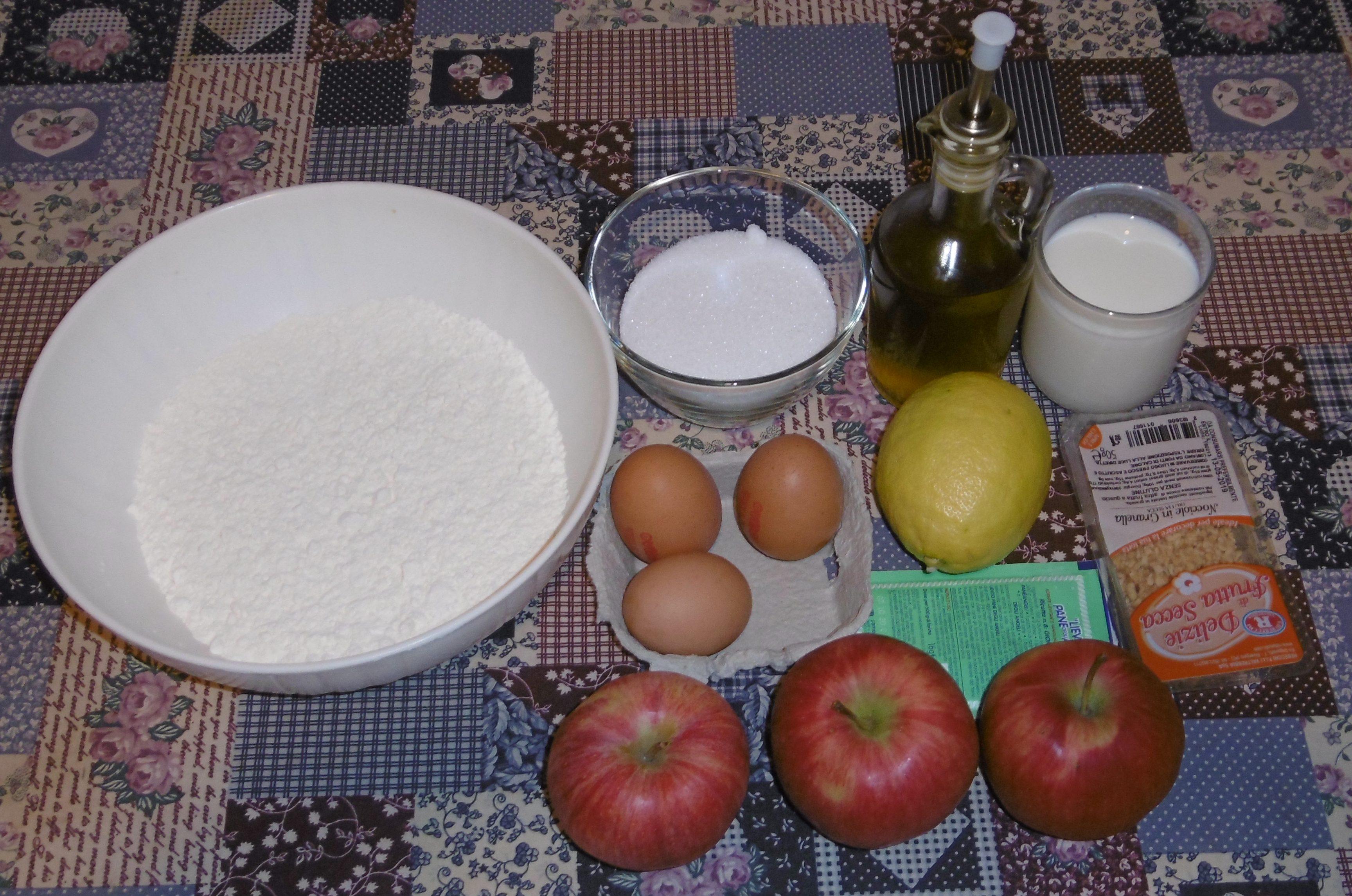Torta di mele e nocciole - Ingredienti