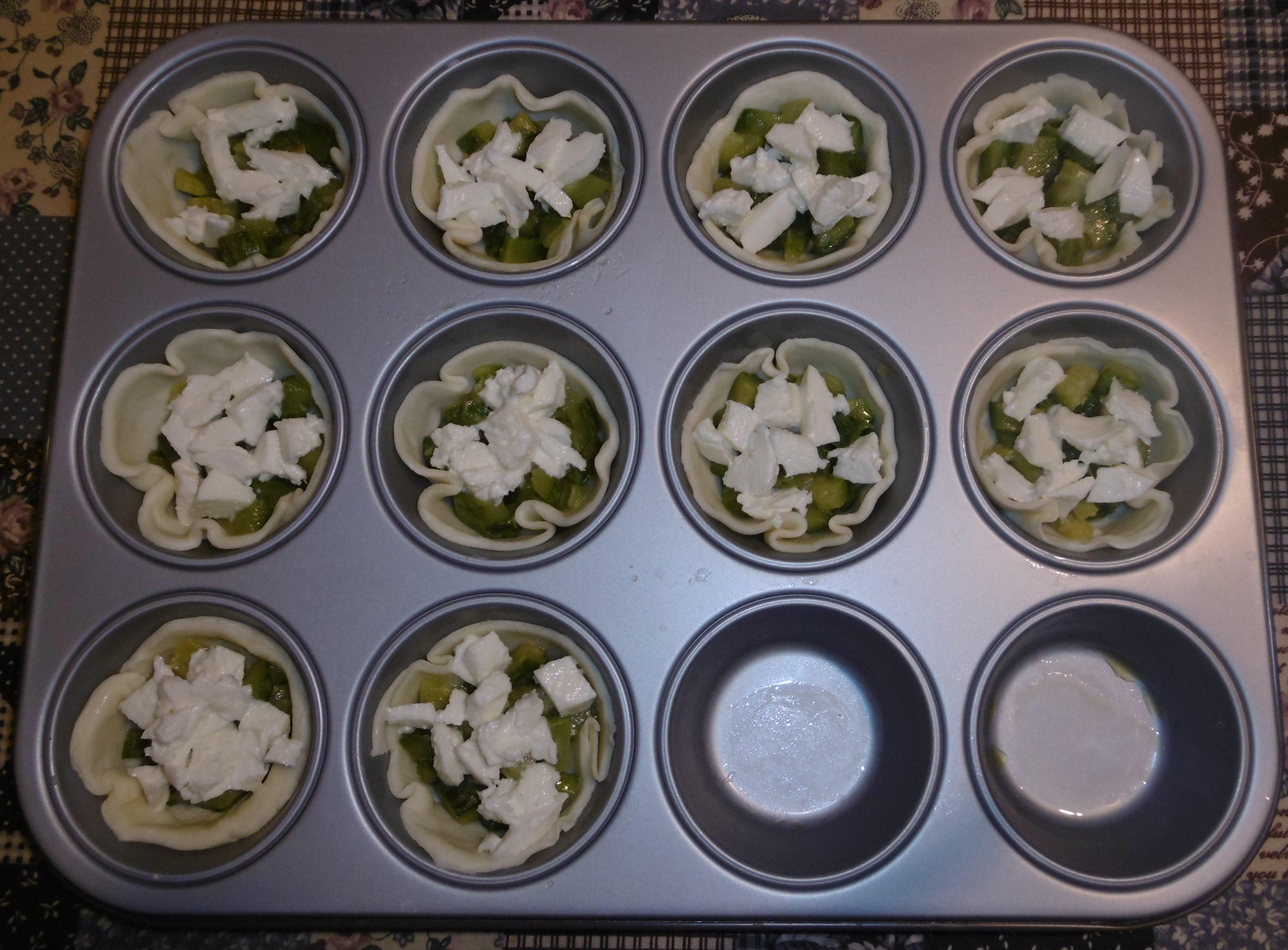 Cestini di pasta sfoglia con zucchine e mozzarella - Sfoglia cruda