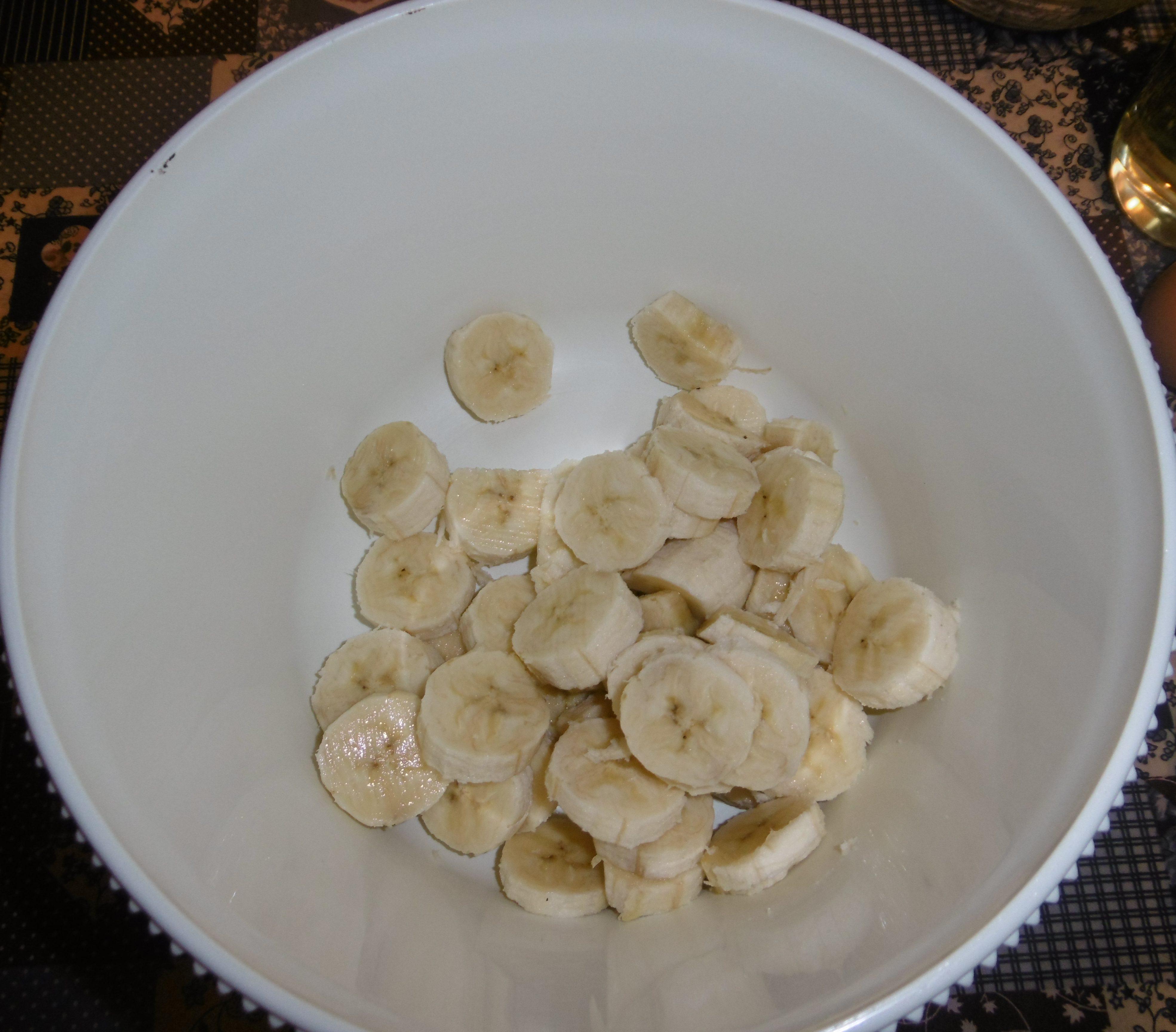 Muffin banane e cioccolato senza burro -Banane tagliate